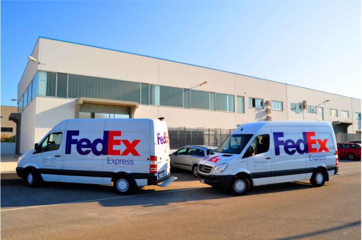 Fedex confía el mantenimiento de las puertas de sus centros de distribución de españa a portis
