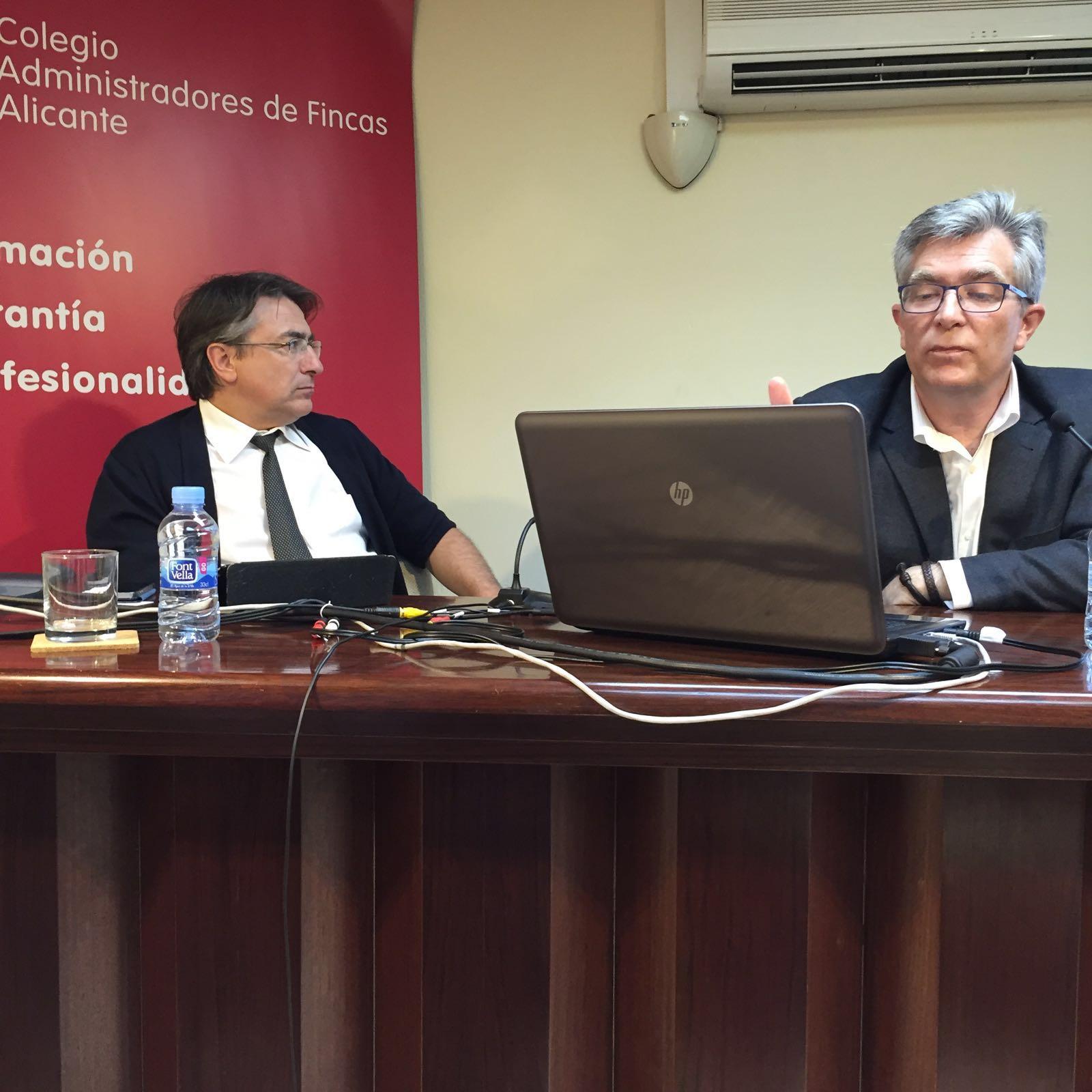 Jornada sobre seguridad y prevención de riesgos en puertas automáticas. Colegio de Administradores de Fincas de Alicante