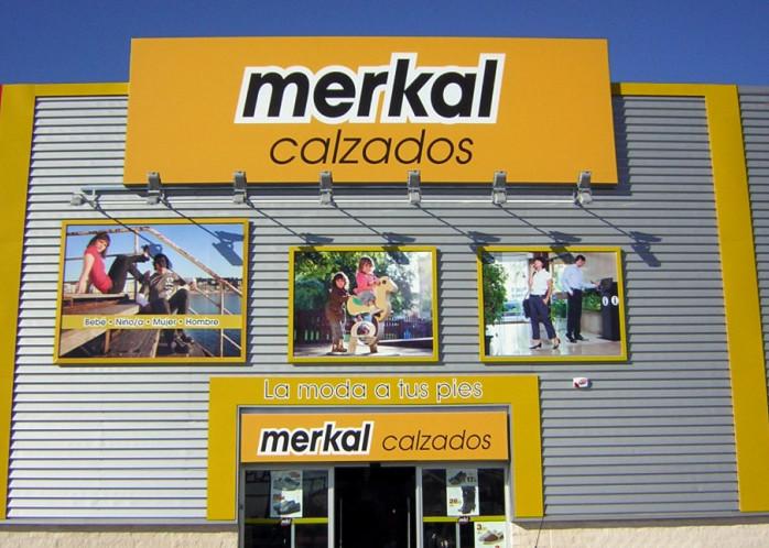 Portis contrata el mantenimiento de las puertas automáticas de la cadena Merkal a nivel nacional