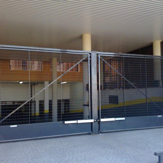 Puertas Basculantes, Abatibles y Correderas